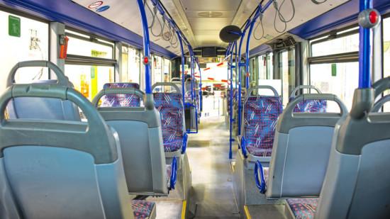 Das Innere eines Busses