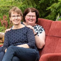 Rosel Witte links und Simone Stratmann
